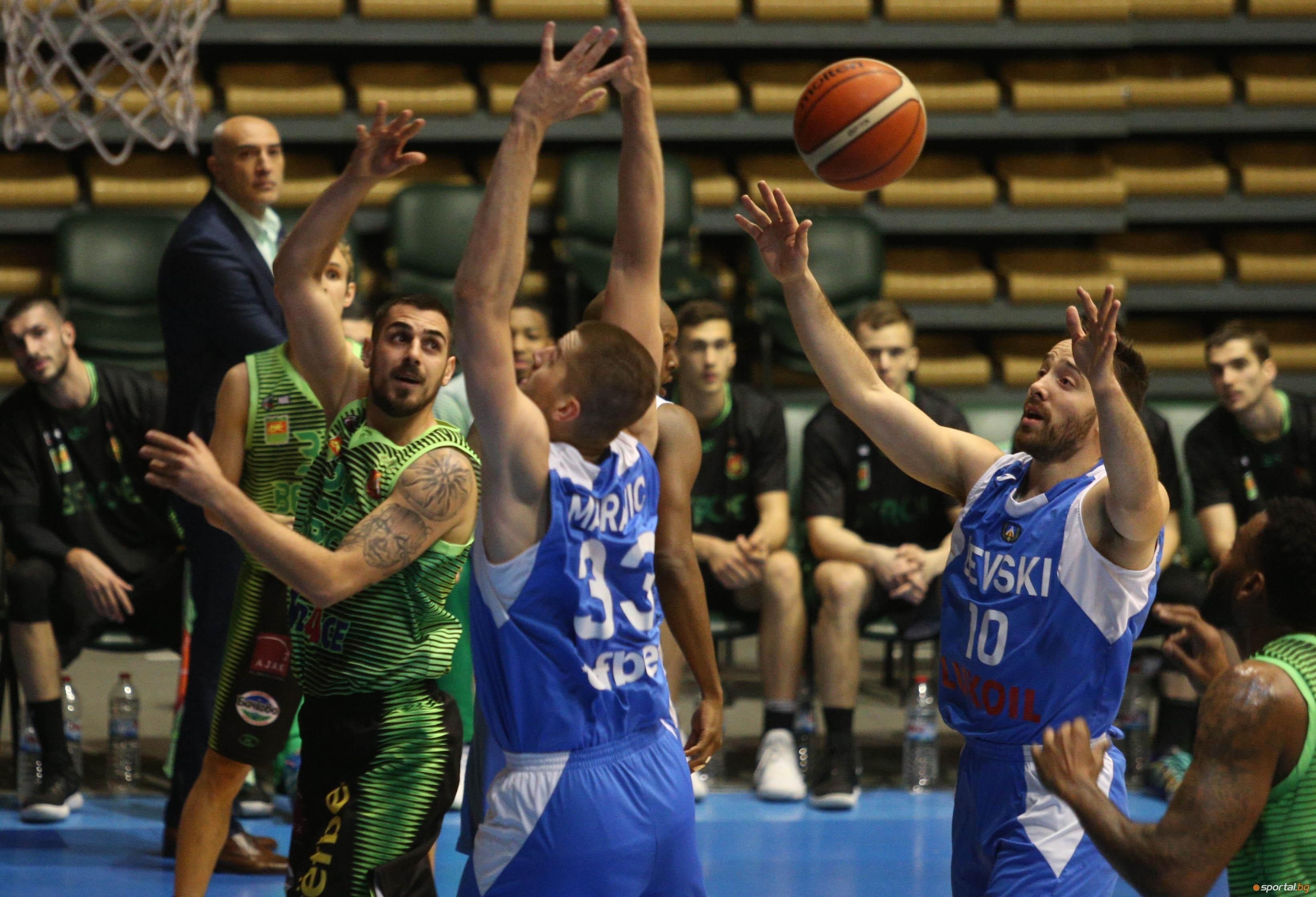 Дисциплинарно-административният съвет (ДАС) на Националната баскетболна лига (НБЛ) наложи глоби