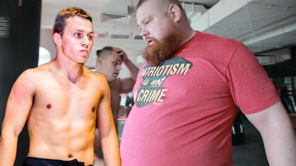 Снимка: Блогърът Артьом Тарасов и Вячеслав Дацик се биха тайно във фитнес! 70 кг разлика и изненадващ победител