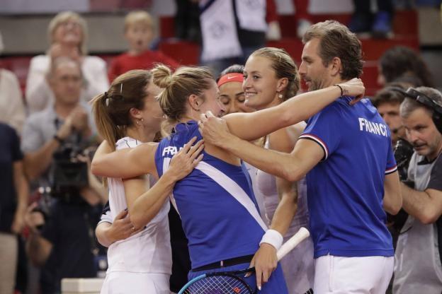 Франция се класира за финала на Фед къп, неофициалното световно