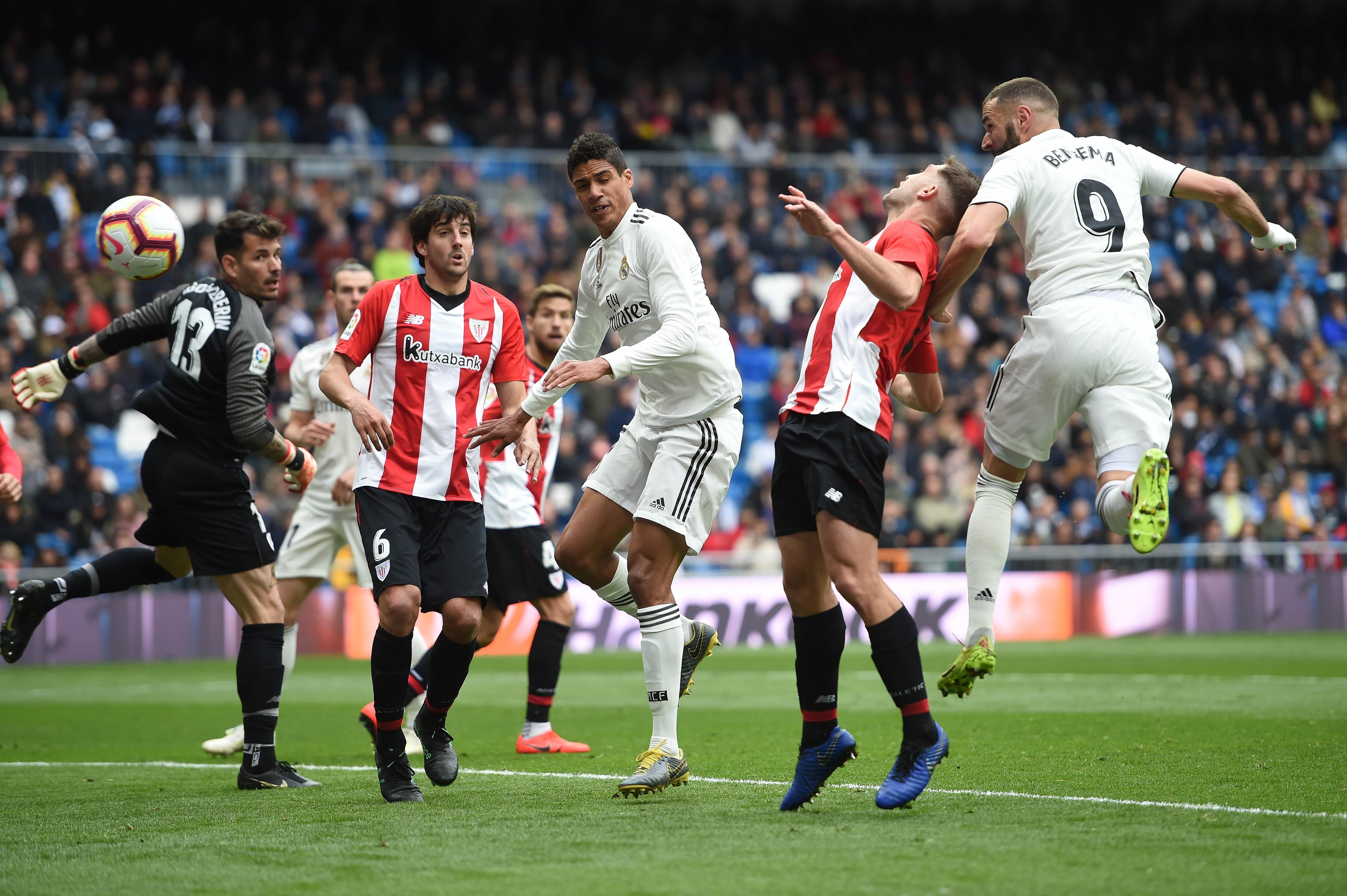 Треньорът на Реал Мадрид Зинедин Зидан нарече сънародника си Карим