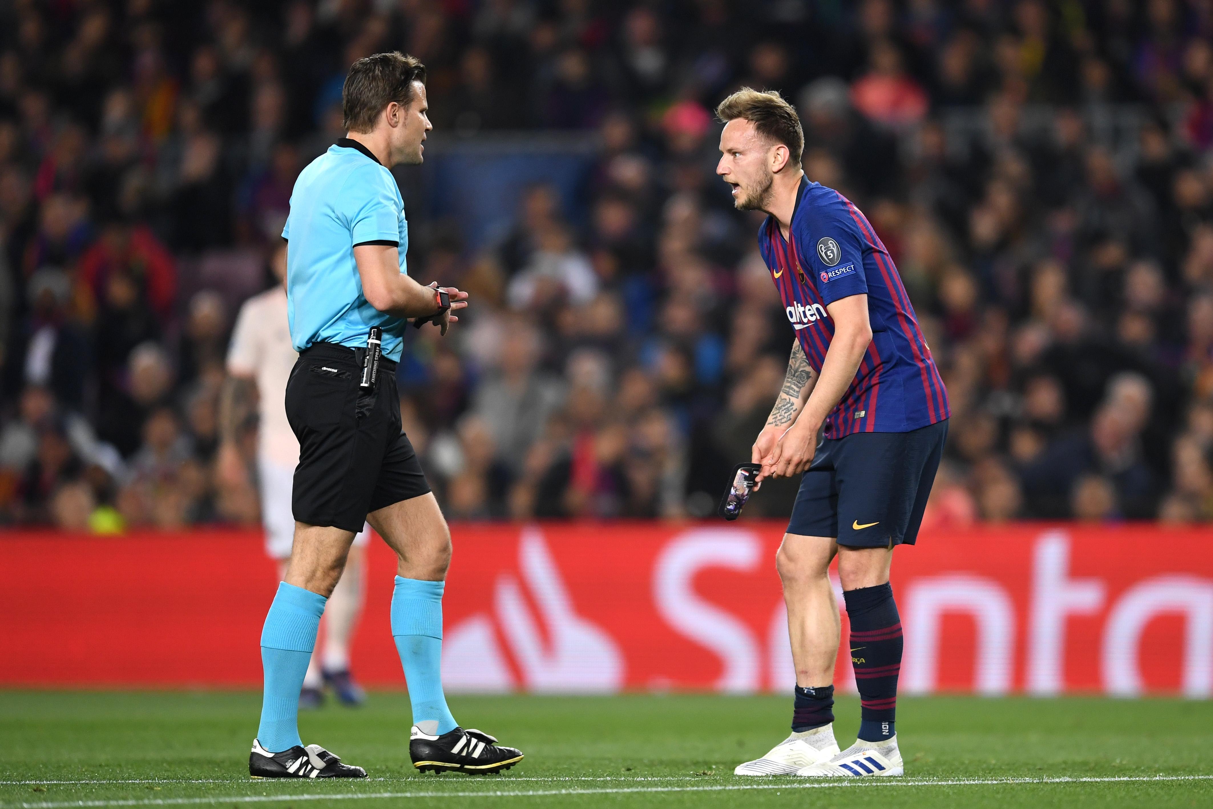 Треньорът на Барселона Ернесто Валверде няма да разчита на хърватския