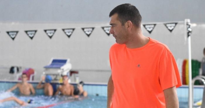 Снимка: Плуването стяга щафетни отбори за Токио