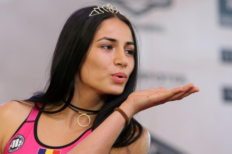 Състезателката в категория муха Диана Белбица подписа договор с UFC