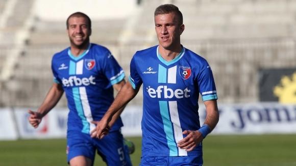 Струмска слава (Радомир) постигна важен успех с 1:0 над Черноморец