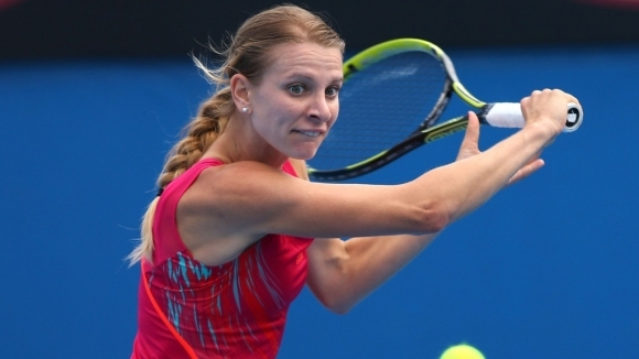 Сесил Каратанчева отпадна във втория кръг на турнира по тенис