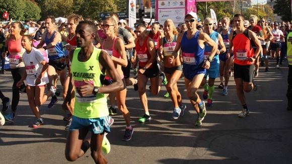 Кениецът Еванс Тануй спечели четвъртото издание на Пловдивския маратон. С