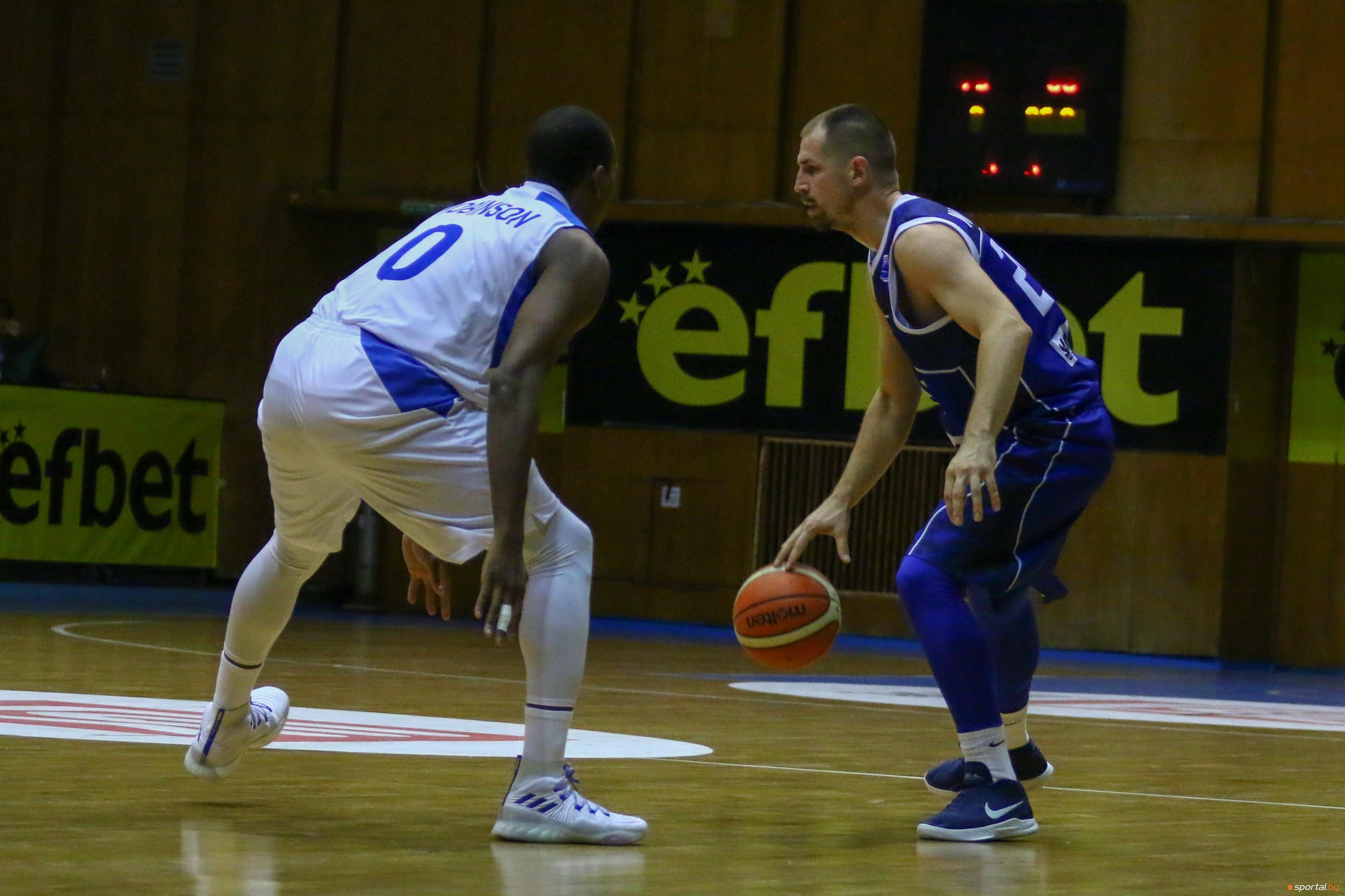 Един от лидерите на Рилски спортист (Самоков) Мартин Маринов призна