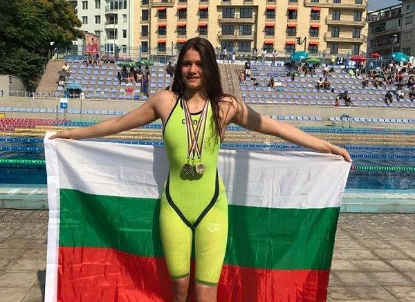Камелия Стоименова завоюва сребърен медал на 100 метра бруст на