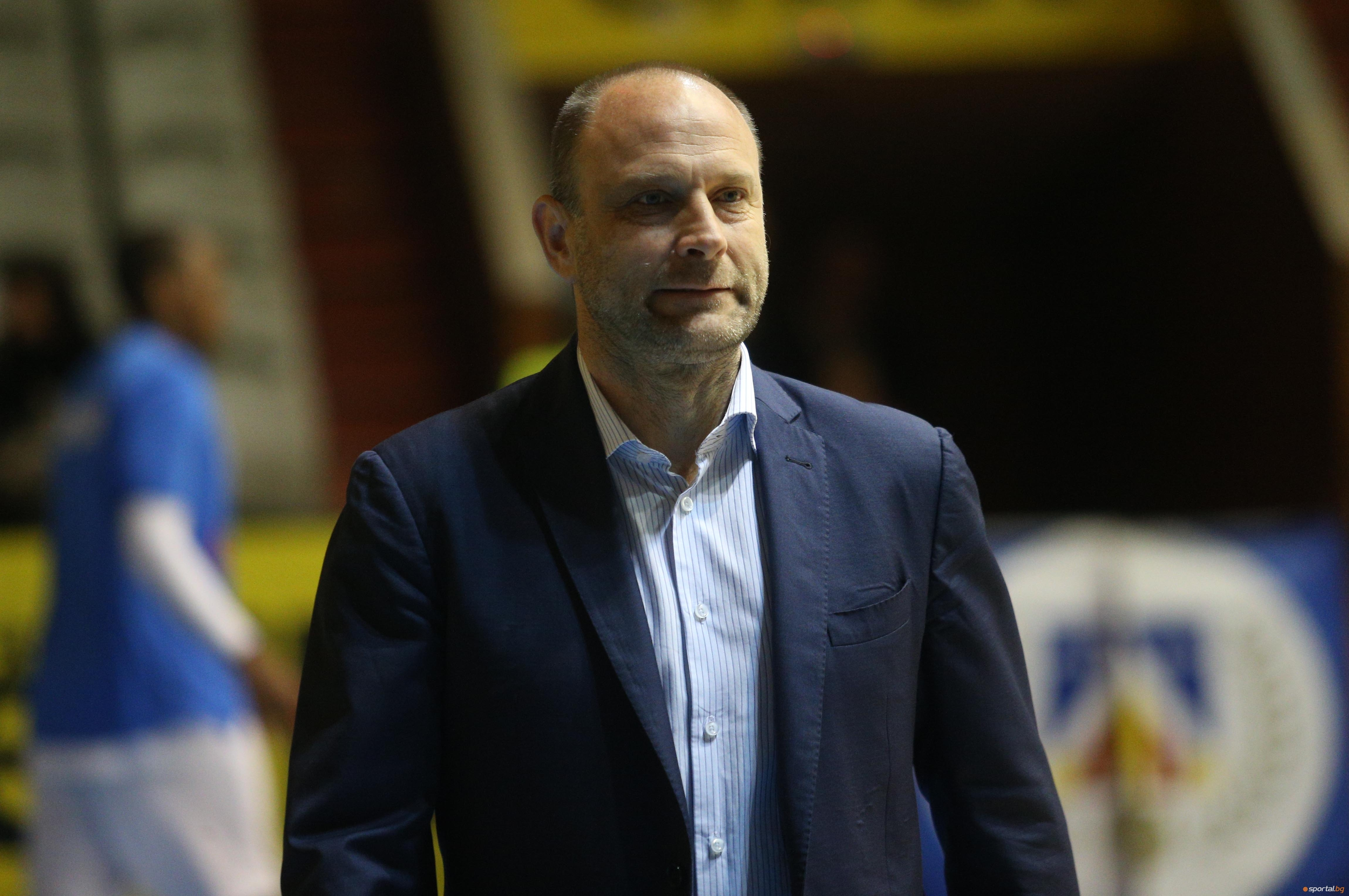 Старши-треньорът на Левски Лукойл Константин Папазов заяви след победата над