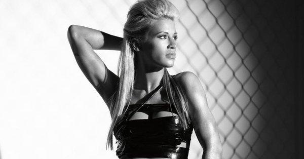 Бившата кеч звезда и модел Ашли Масаро почина на 39