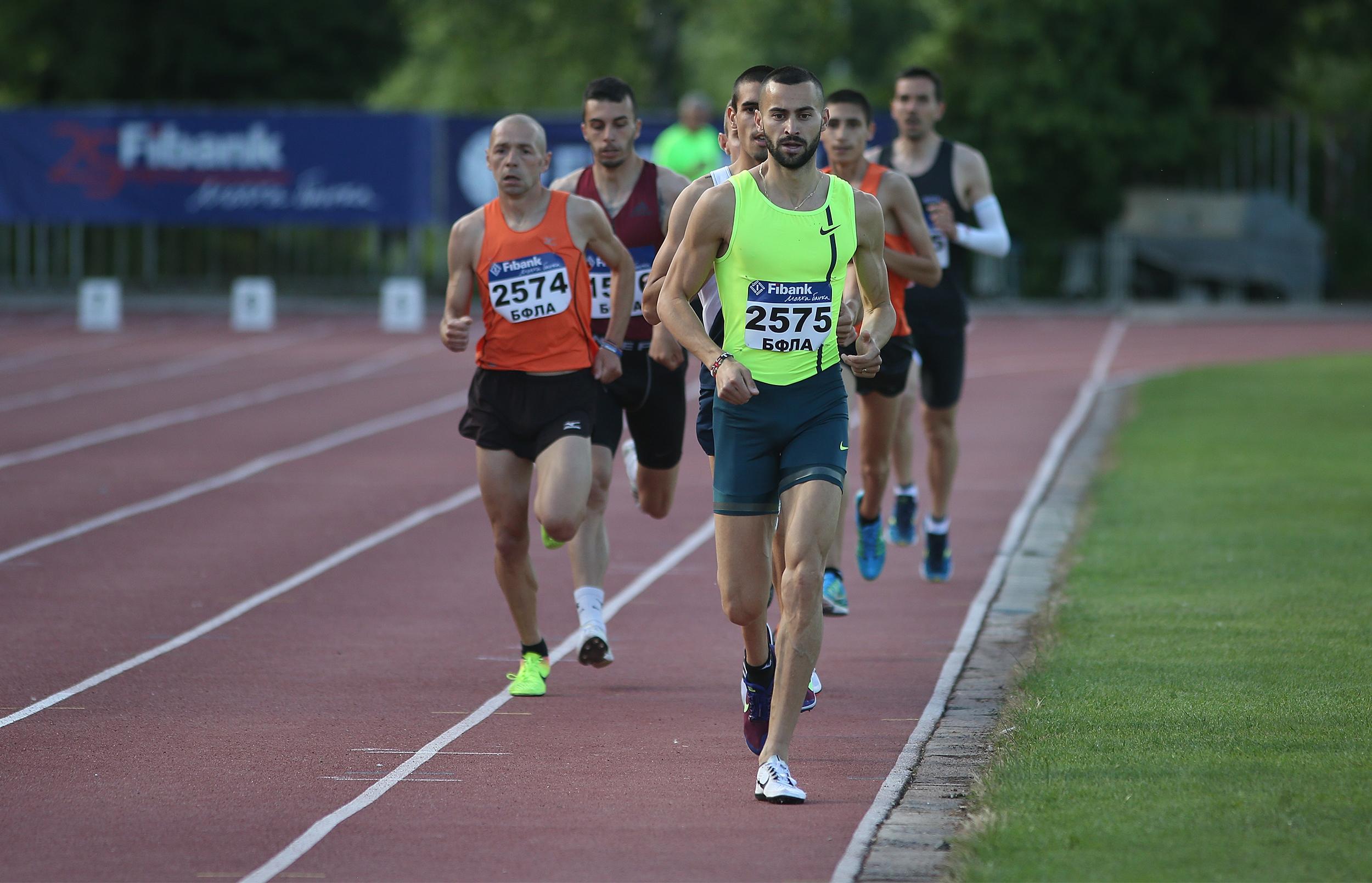 Митко Ценов записа победа и подобри рекорда на 5000 метра