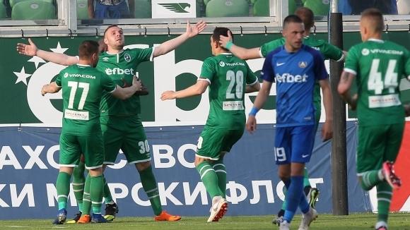 Селекционерът на Румъния Козмин Контра повика трима футболисти на Лудогорец