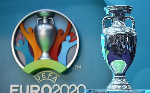 УЕФА ще пусне в продажба другия месец първата партида билети