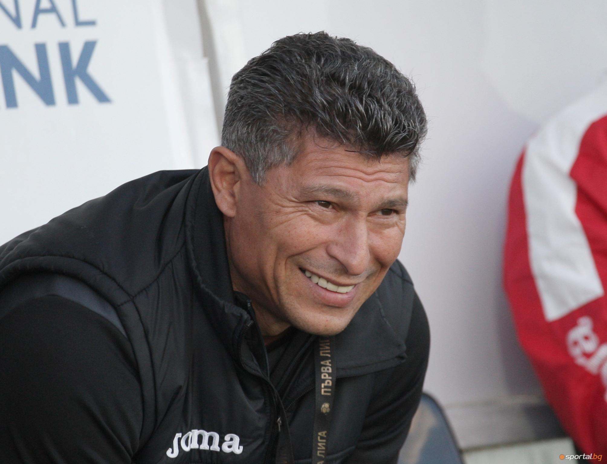 Треньорът на Етър Красимир Балъков остана спокоен след загубата от