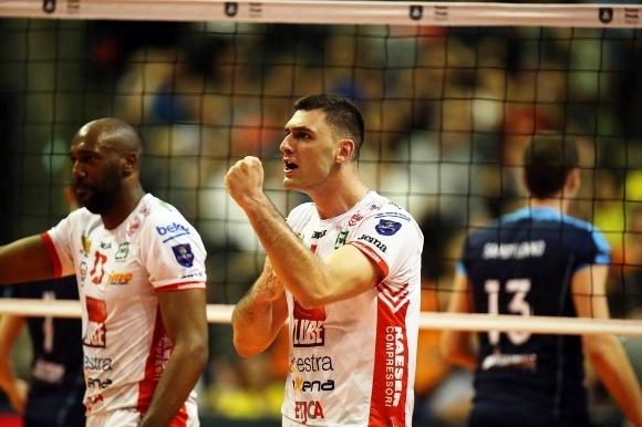 Волейболният национал Цветан Соколов се завърна в България след спечелената