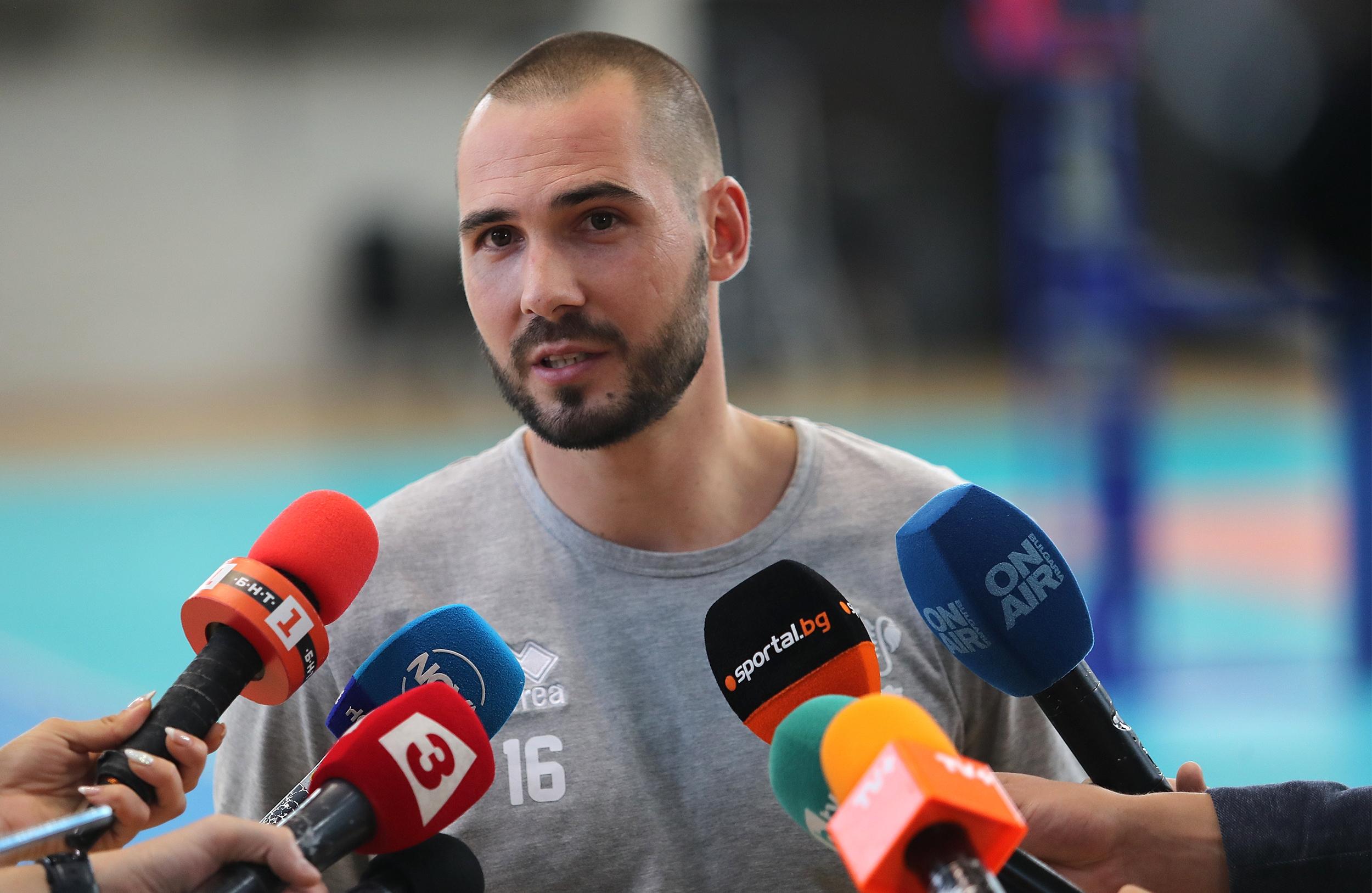 Либерото Владислав Иванов се завръща в националния отбор по волейбол
