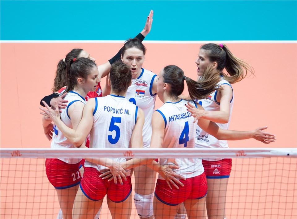 Женският национален отбор на Сърбия, който триумфира със световната титла