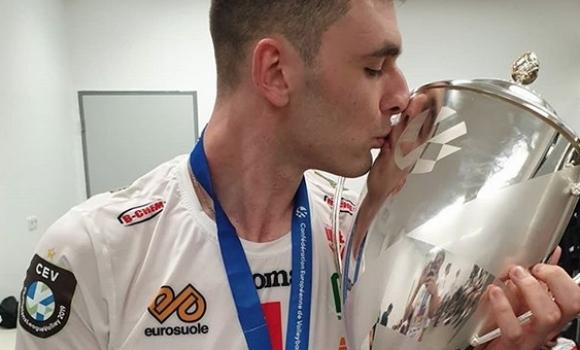 Волейболният национал Цветан Соколов ще играе за руския гранд Зенит