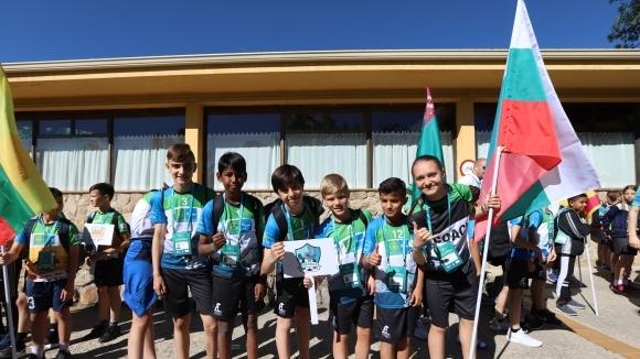 Младите участници от финалните събития на Седмия сезон на Международната