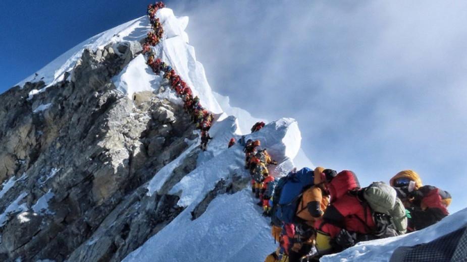 Расте броят на загиналите под високите върхове в Хималаите този