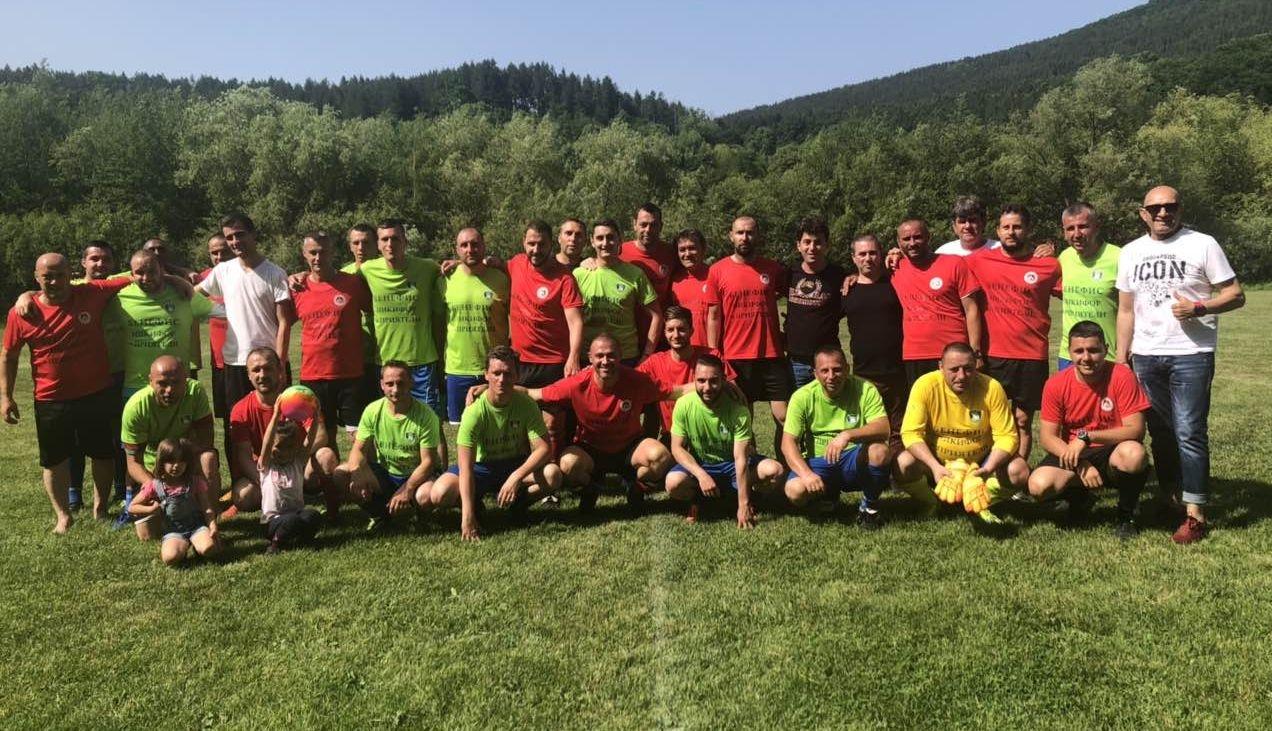 Звезден отбор на Локомотив (София) се събра и уважи бенефиса
