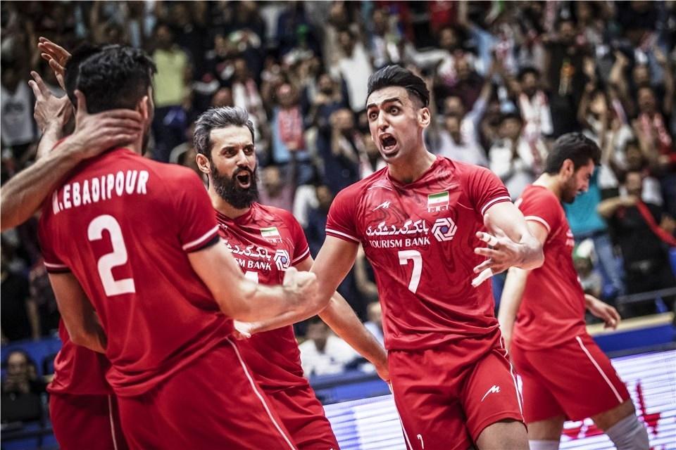 Националният волейболен отбор на Иран отнови излезе начело във временното