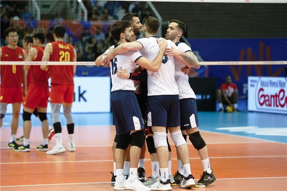 След като преди две седмици мъжкия национален отбор на Португалия