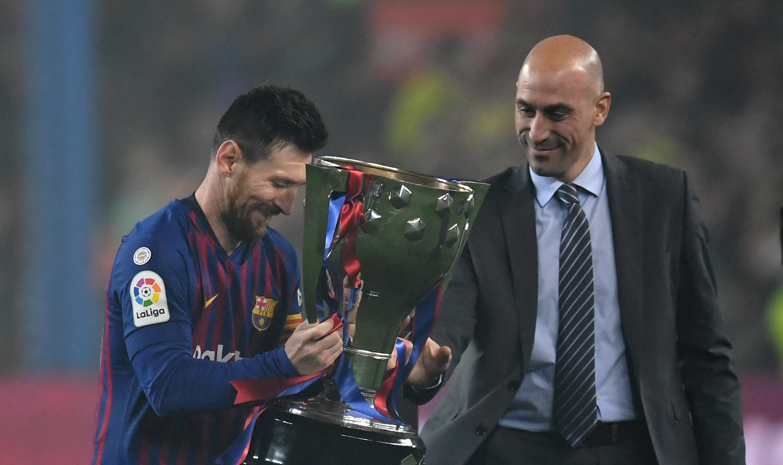Испанската прокуратура ще разследва президента на местната футболна асоциация Луис