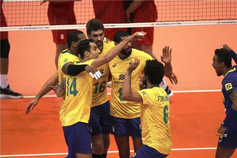 Олимпийският волейболен шампион Бразилия постигна втора поредна и общо 8-а
