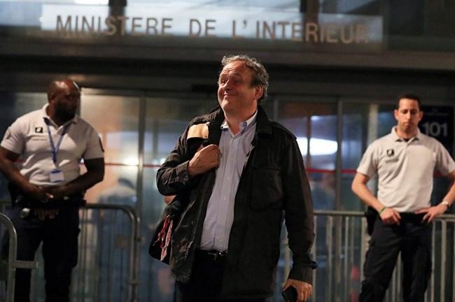 Арестуваният бивш президент на УЕФА Мишел Платини - на свобода.