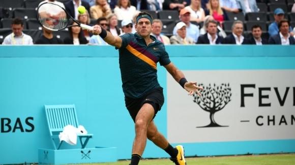 Шампионът от US Open 2009 Хуан Мартин дел Потро сервира