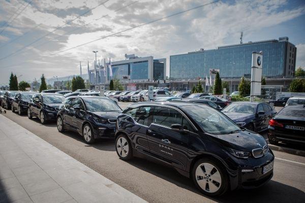 15 автомобила BMW i3 се добавят в автопарка на услугата