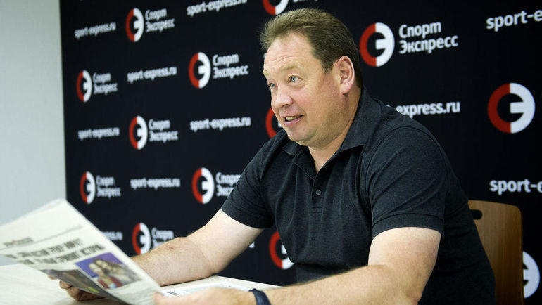 """Старши треньорът на Витес Леонид Слуцкий даде интервю за """"Спорт-Експрес""""."""