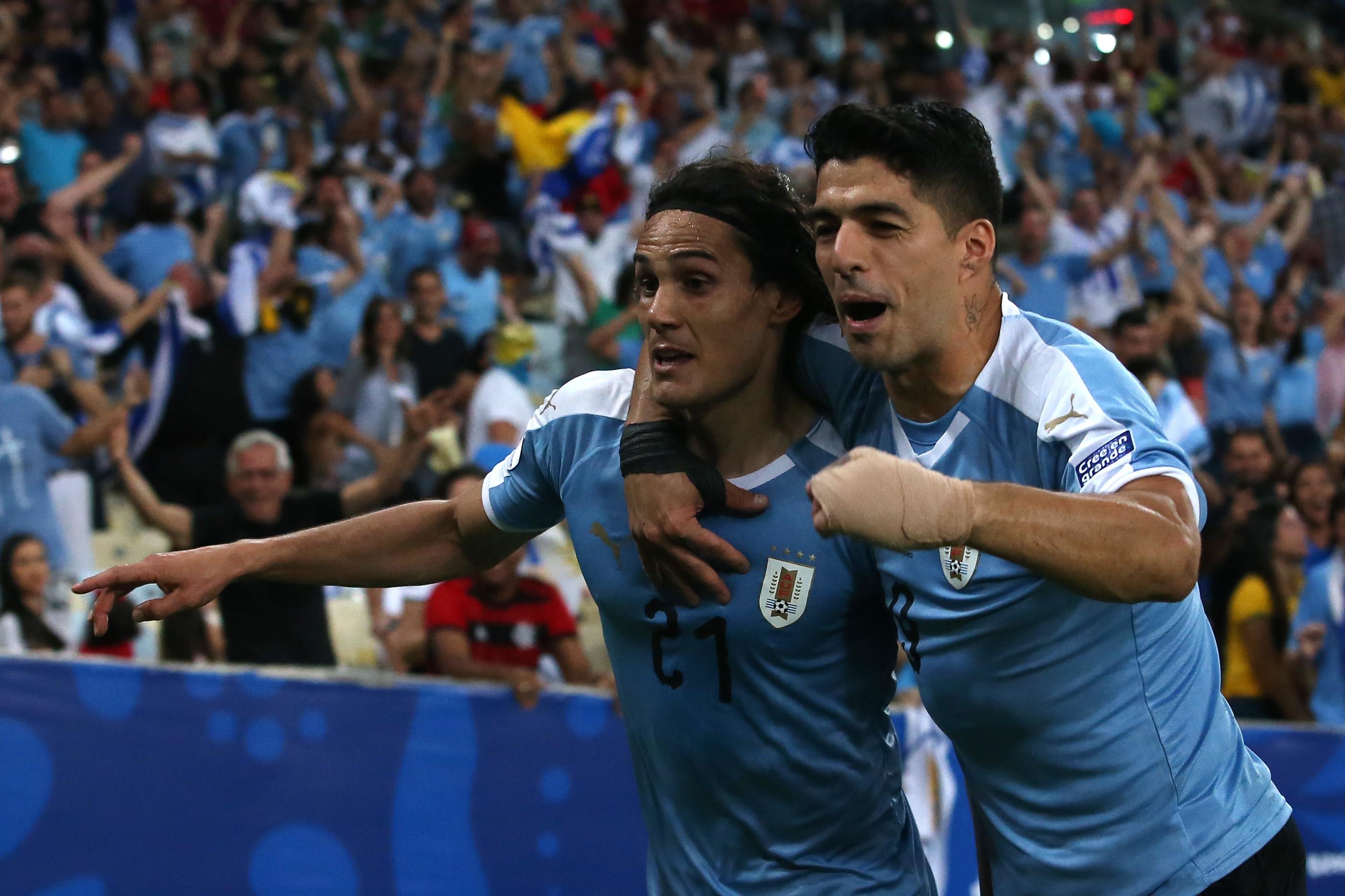 Носителят на трофея Чили и Уругваят играят при 0:0 в