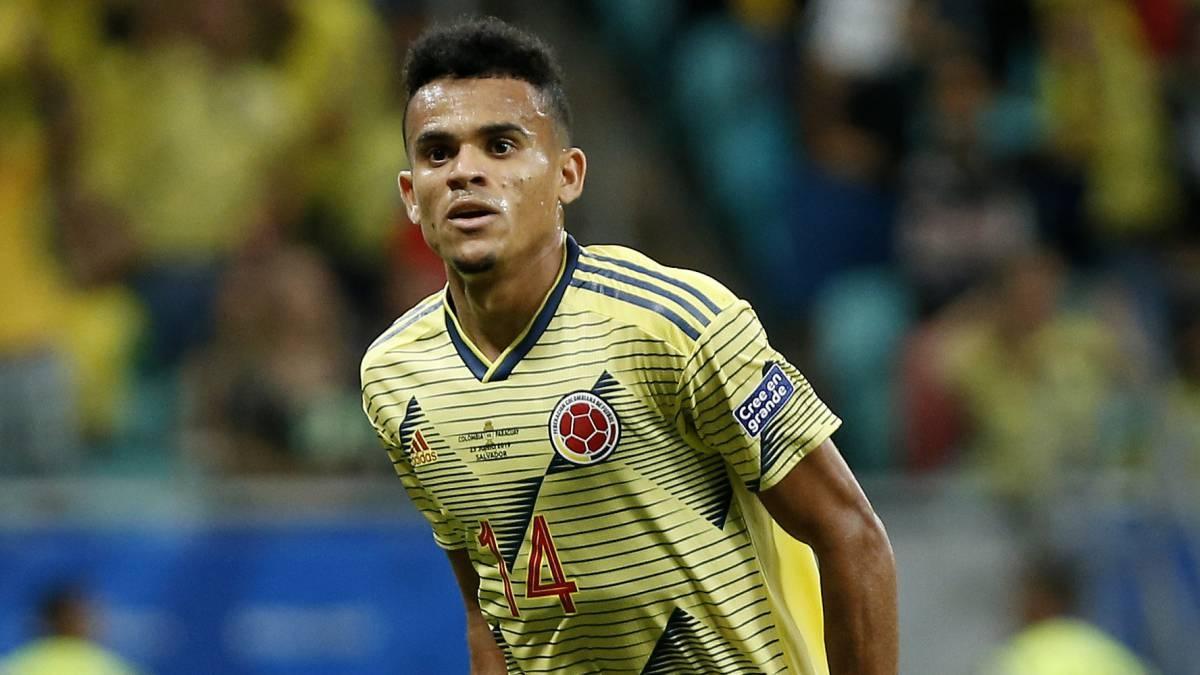 Националът на Колумбия Луис Диас ще продължи кариерата си в