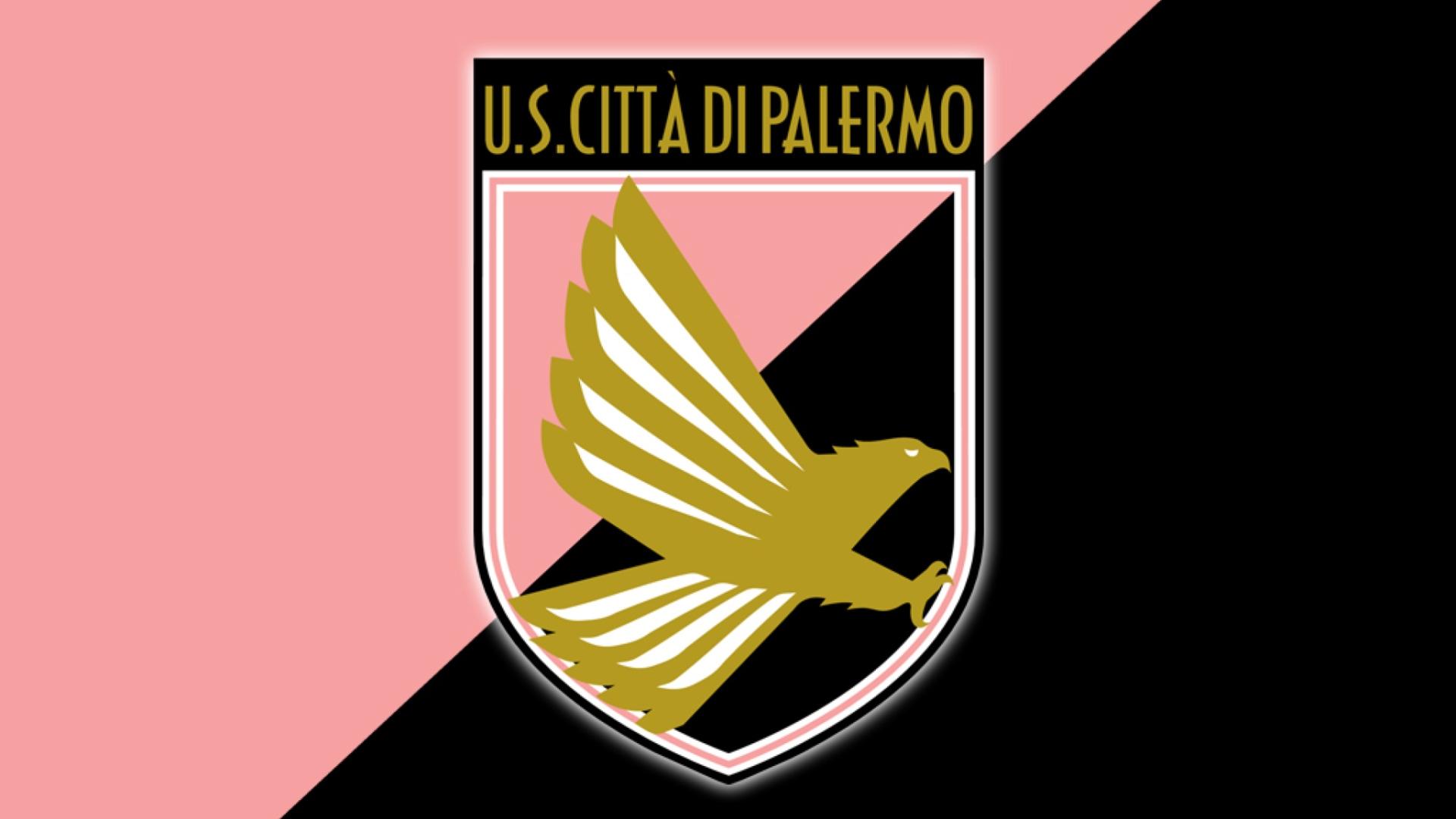 Изпадналият във финансов колапс Палермо продължава да се бори със