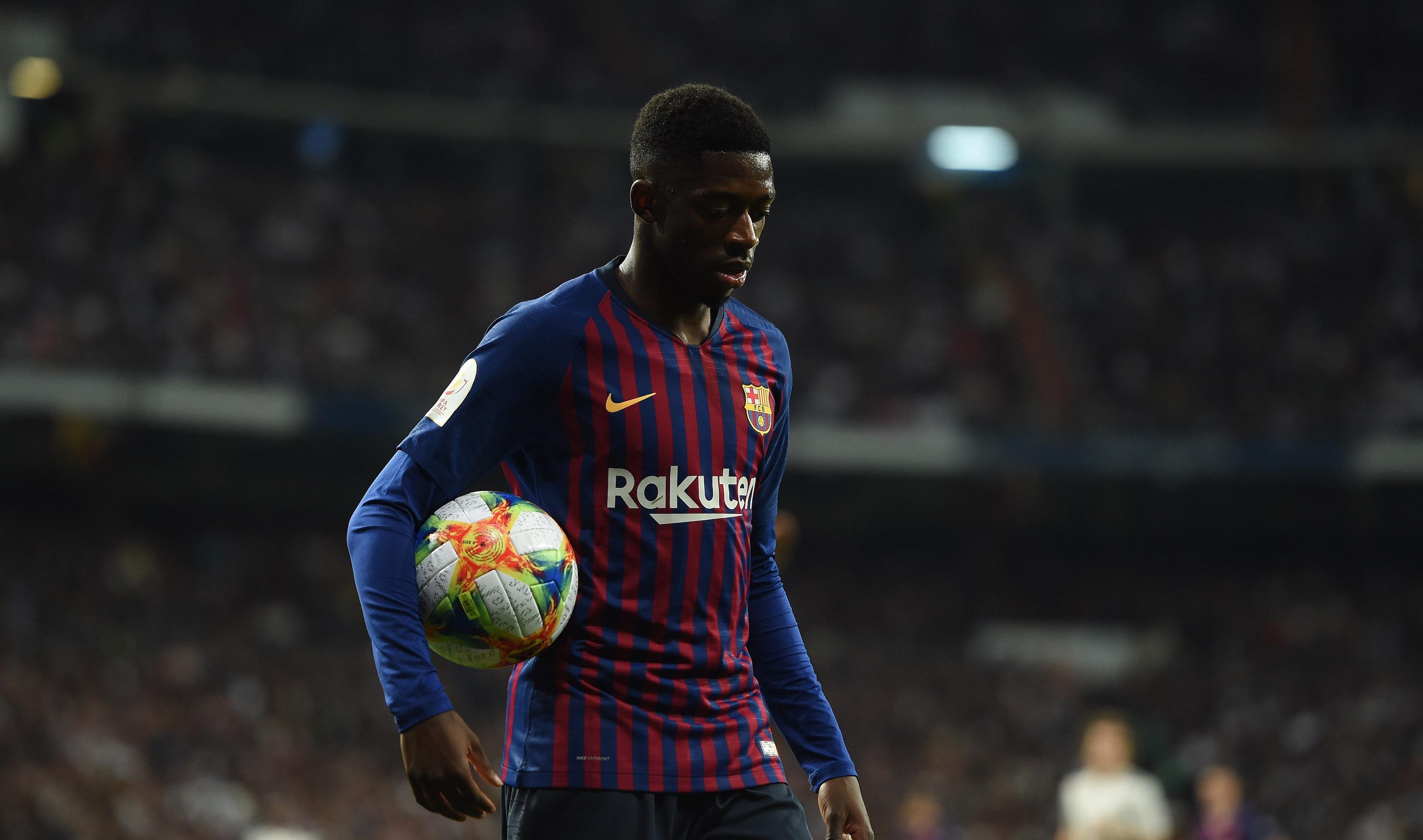 Изпитващият проблеми с налагането си в Барселона Усман Дембеле е
