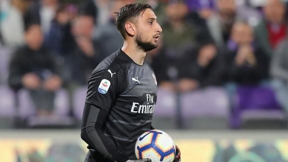Вратарят на Милан Джанлуиджи Донарума остава в полезрението на Манчестър