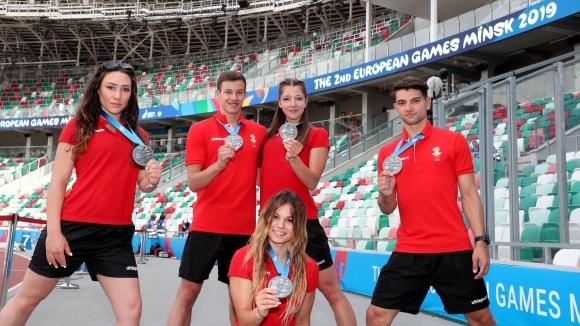 Българската петорка на аеробика в груповите съчетания бе поздравена днес