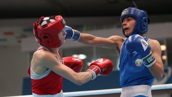 Габриела Димитрова гарантира трети медал за България в бокса на