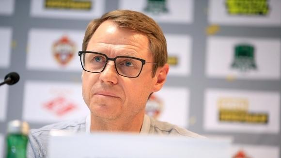 Старши треньорът на Спартак (Москва) Олег Кононов призна, че още