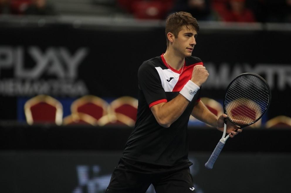 Александър Донски се класира за втория кръг на турнира за