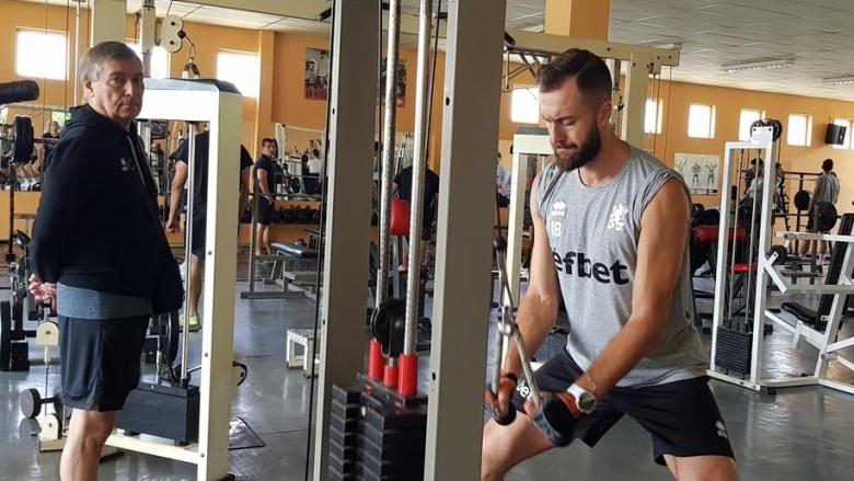 Националите тренират във фитнеса в Пловдив. Часове, след като пристигнаха