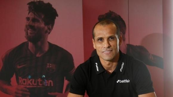 Едно от емблематичните имена на Барселона - Ривалдо, би дал