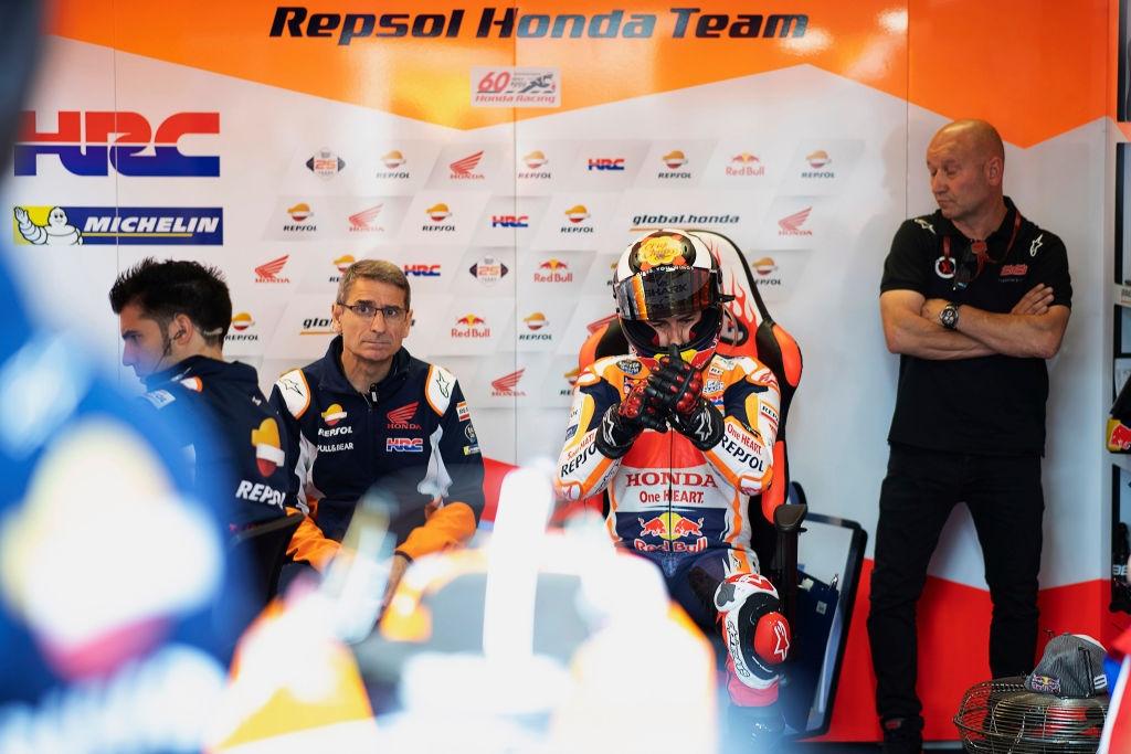 Пилотът на Honda Хорхе Лоренсо може да отсъства около месец