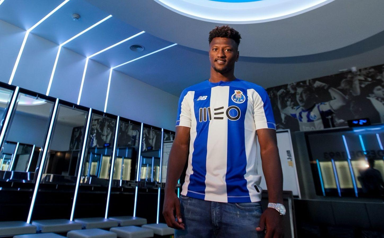 Националът на Кабо Верде Зе Луиш вече е футболист на