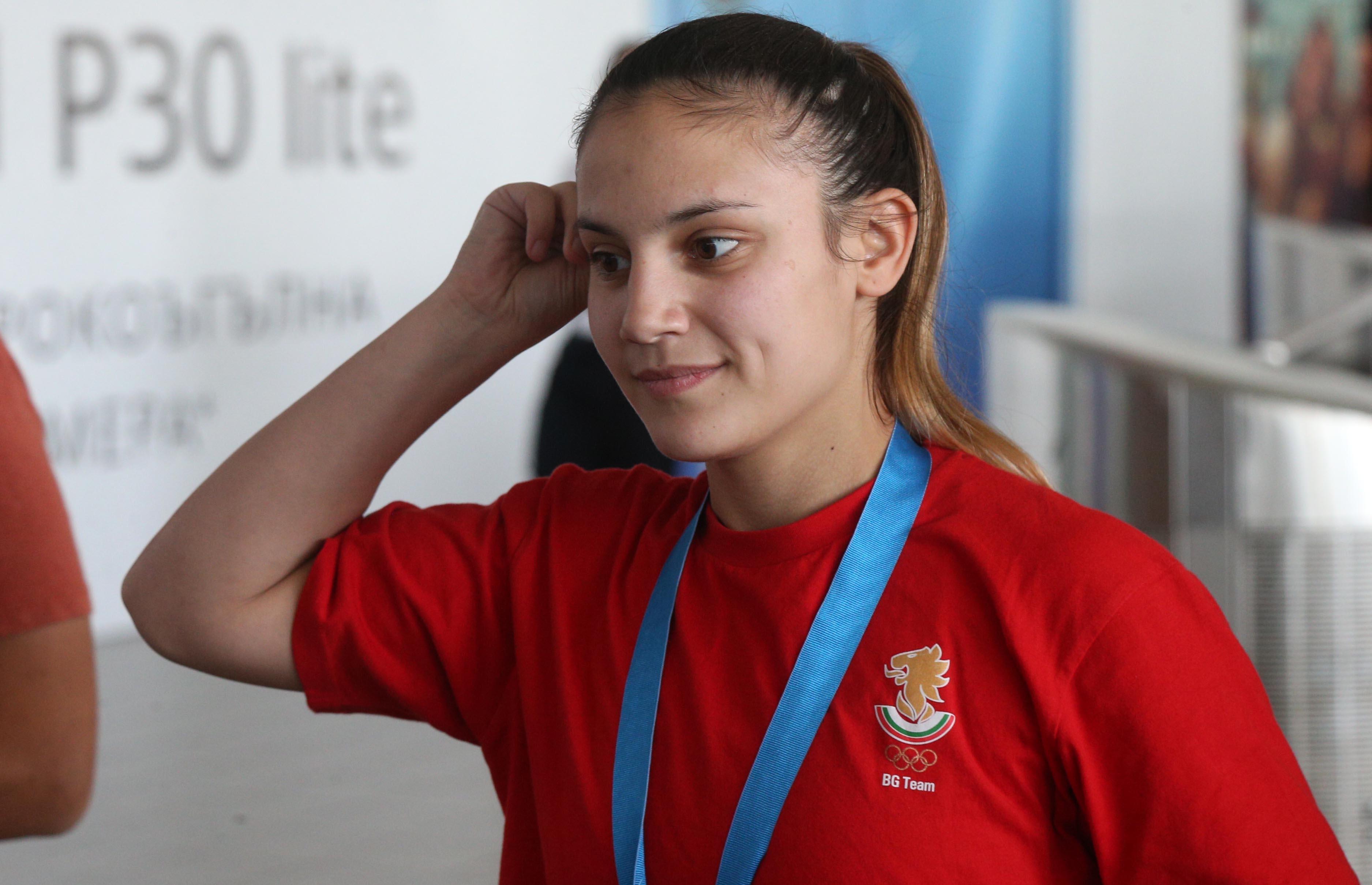 Едно момиче, което прослави българския спорт. Ивет Горанова спечели златен