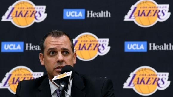 Треньорът на Лос Анджелис Лейкърс Франк Вогъл категорично отхвърли твърденията,