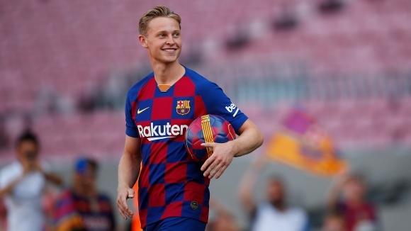 Новото попълнение на Барселона Френки Де Йонг даде първото си