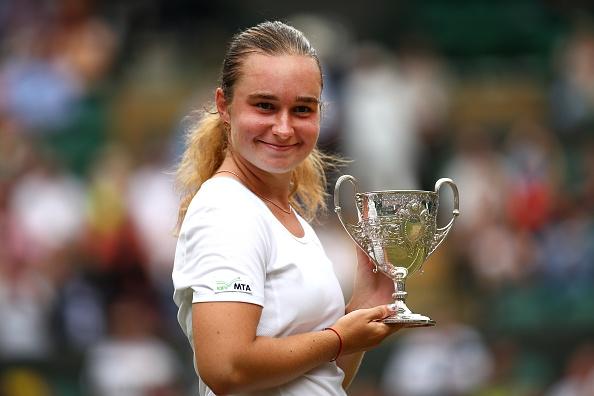 """17-годишна украинка спечели """"Уимбълдън"""" при девойките. Даря Снигур победи на"""